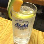神田「鶴亀」酎ハイ280円に驚きのメロンつき!安ウマで味わい深い大衆居酒屋