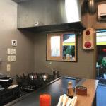 高円寺「千吉良屋」お好み焼き180円で気軽に一杯!広島のお好み焼きが楽しめる鉄板焼き立ち飲み