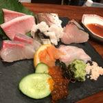 中野「ちょい虎」豪華刺身盛りに舌鼓!美味しい魚と日本酒が楽しめるハイレベルな立ち飲み