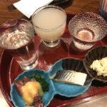 名古屋-伏見地下街「明後日」地酒3種とあて3品のせんべろセットが気軽!落ち着ける日本酒の立ち飲み