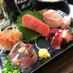 大久保「海鮮バル けい」刺盛りやまぐろメンチで美味しい一杯!築地直送の魚料理が美味い海鮮居酒屋