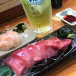 横須賀-追浜「一銭酒場 えびす」ショーケースにはお刺身がずらり!昼飲みもできる魚屋直営の立ち飲み