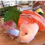 京都-河原町「もみじ」お造り三種盛りで気軽な昼飲み!つまみが豊富で美味しい魚と串焼きの立ち飲み