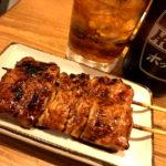 北千住「もつ焼き やまぴー」もつ焼き2本200円で美味しい一杯!加賀屋系の気軽なもつ焼き酒場