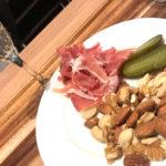 調布「成城石井 スタイル デリ&カフェ」昼飲みもできる、スーパー成城石井で気軽なちょい飲み