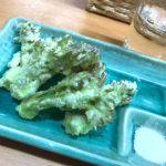 山形「立ち飲み 円」芋煮や山菜天ぷらで地酒を楽しむ!山形の地酒が気軽に楽しめる立ち飲み