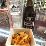 浅草橋「二百円亭」あれもこれも200円!沖縄料理で一杯もできるセルフ式の立ち飲み居酒屋